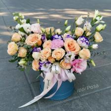 Коробка №39 / персиковые розы