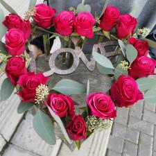 Ящик №12 / Розы в колбах