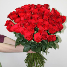 Розы красные 60 см