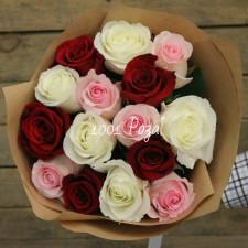 Букет №122 | 15 разноцветных роз