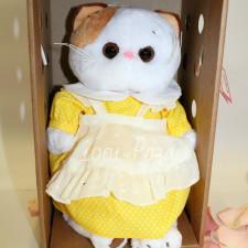 Кошечка Лили в желтом платье