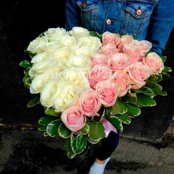 Композиция №8 | 29 роз в форме сердца
