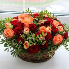 Корзина №37 Розы в корзине
