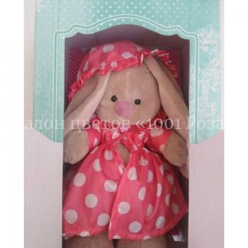 Зайка Ми в розовом плащике